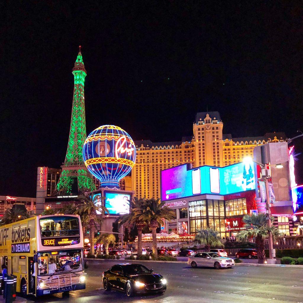 Лас-Вегас - сияющий город мечта