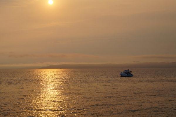 Закатное, морское.