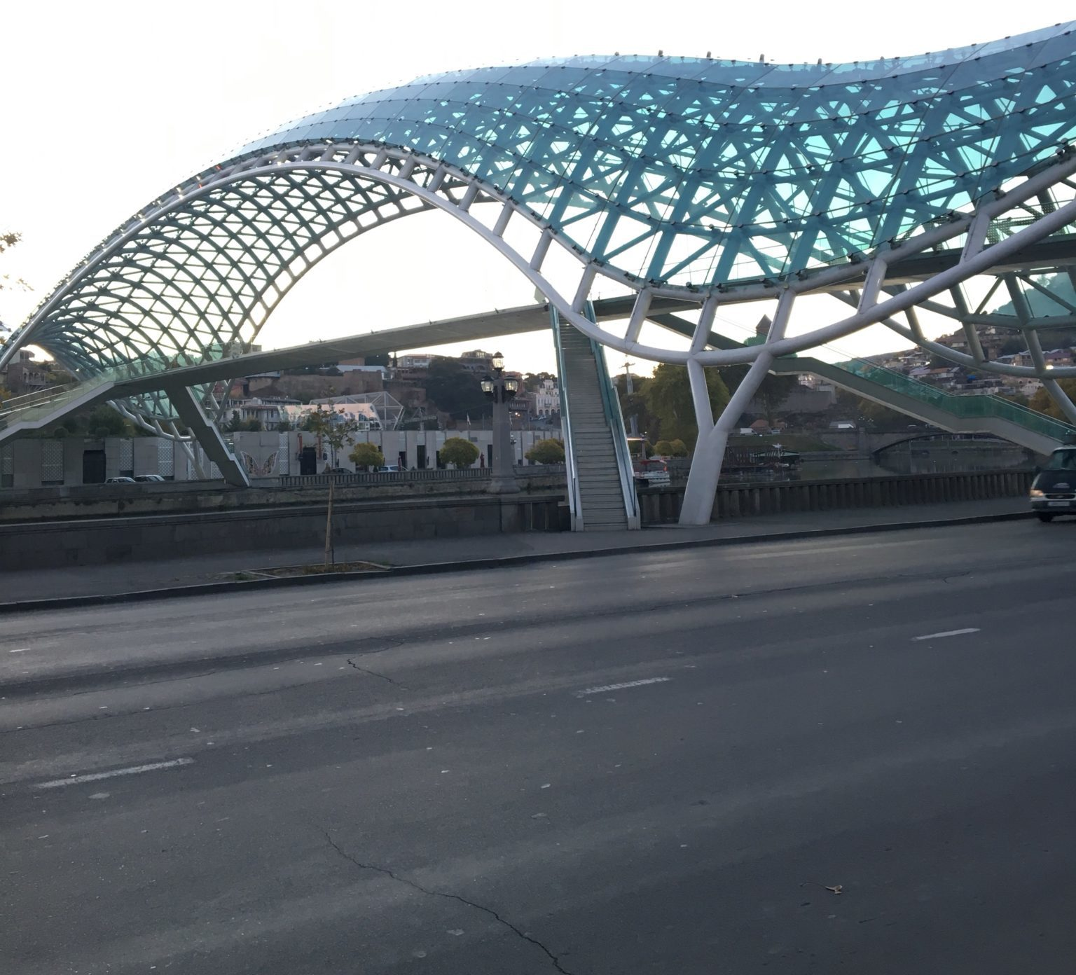 мост Мира - Тбилиси
